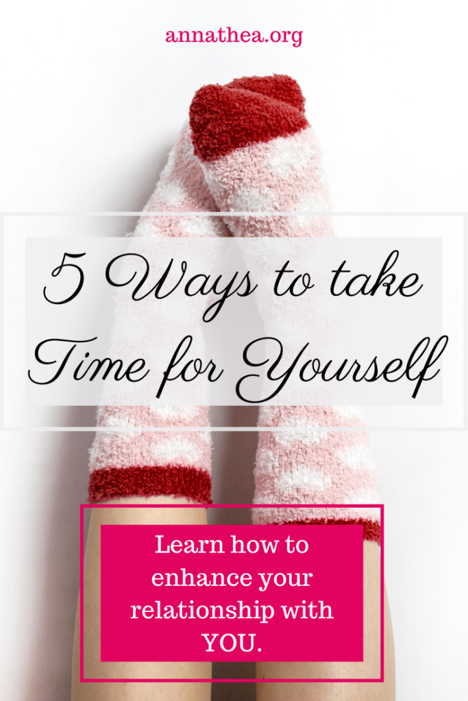 Take time for yoursefl - Person with cozy socks on